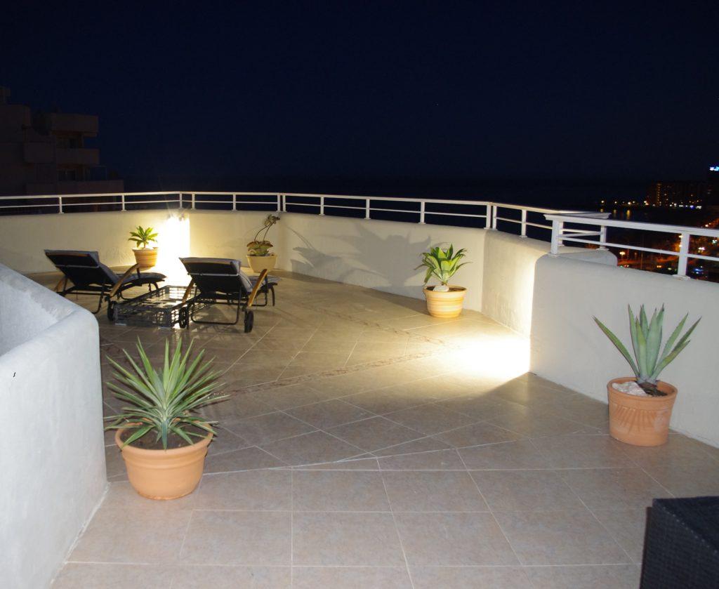 Aftenstemning på terrassen