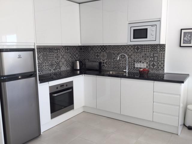 Fuldt udstyret køkken